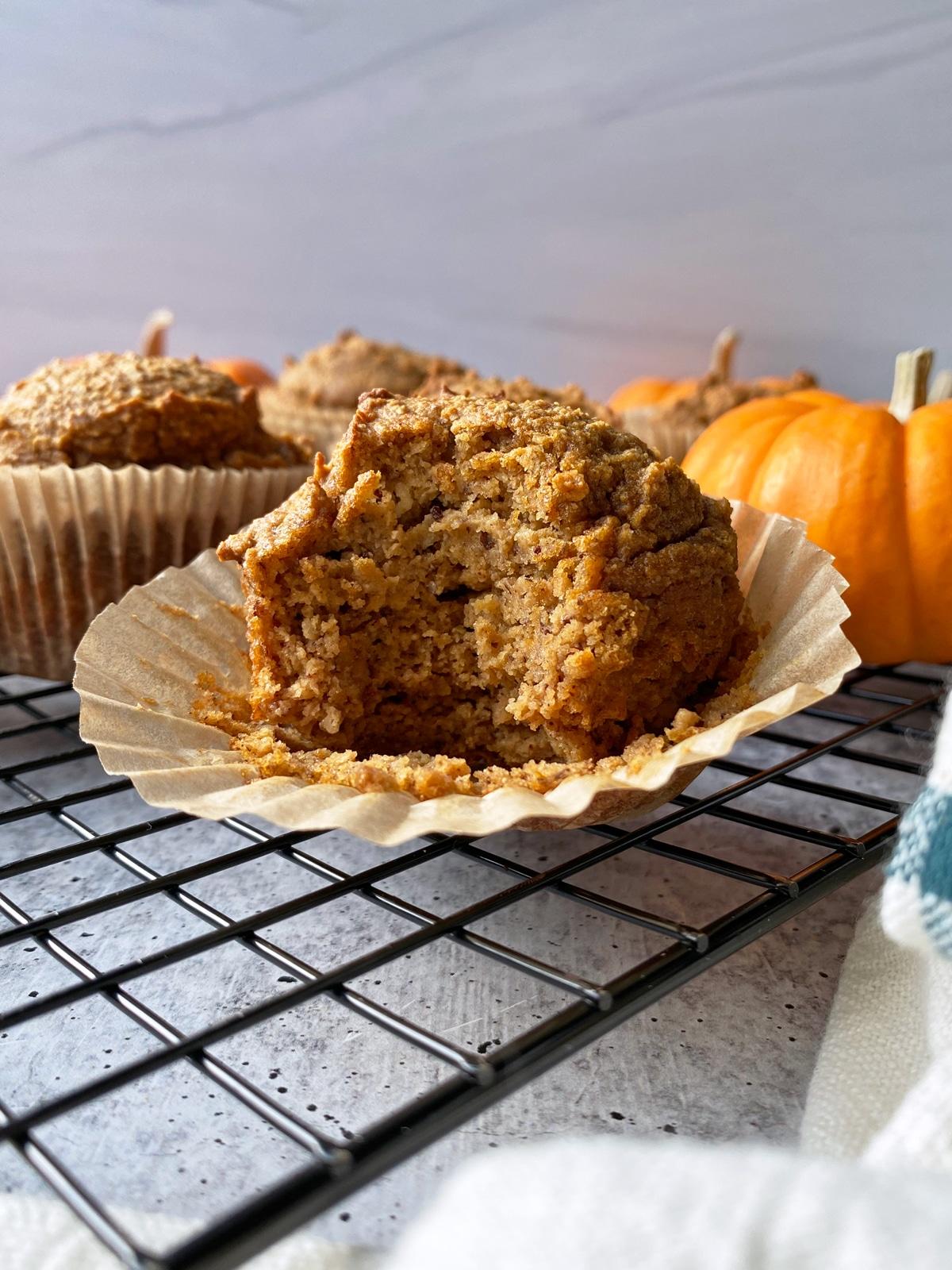 pumpkin-blender-muffins