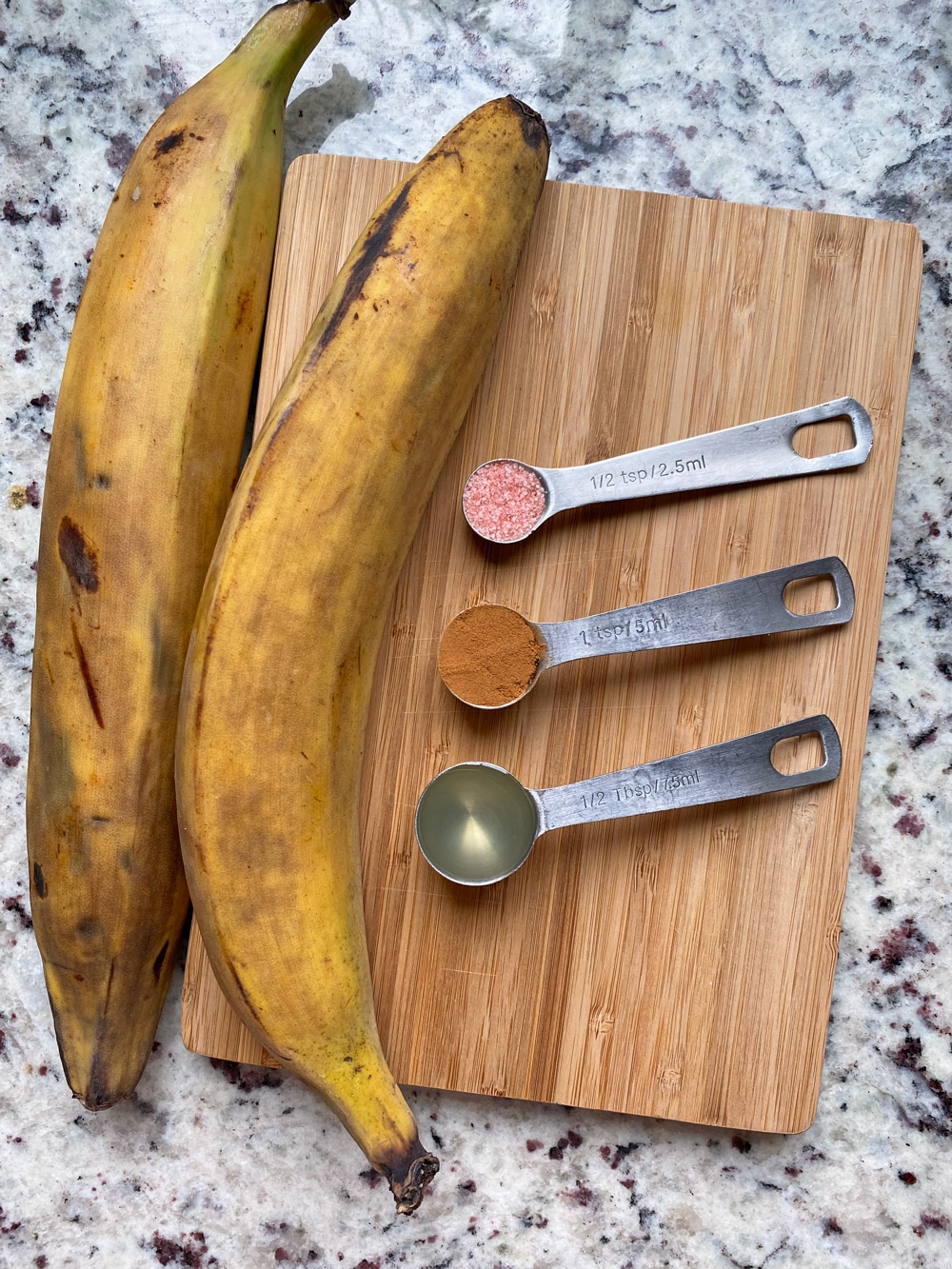 Ingredients-in-Plantain-Fries