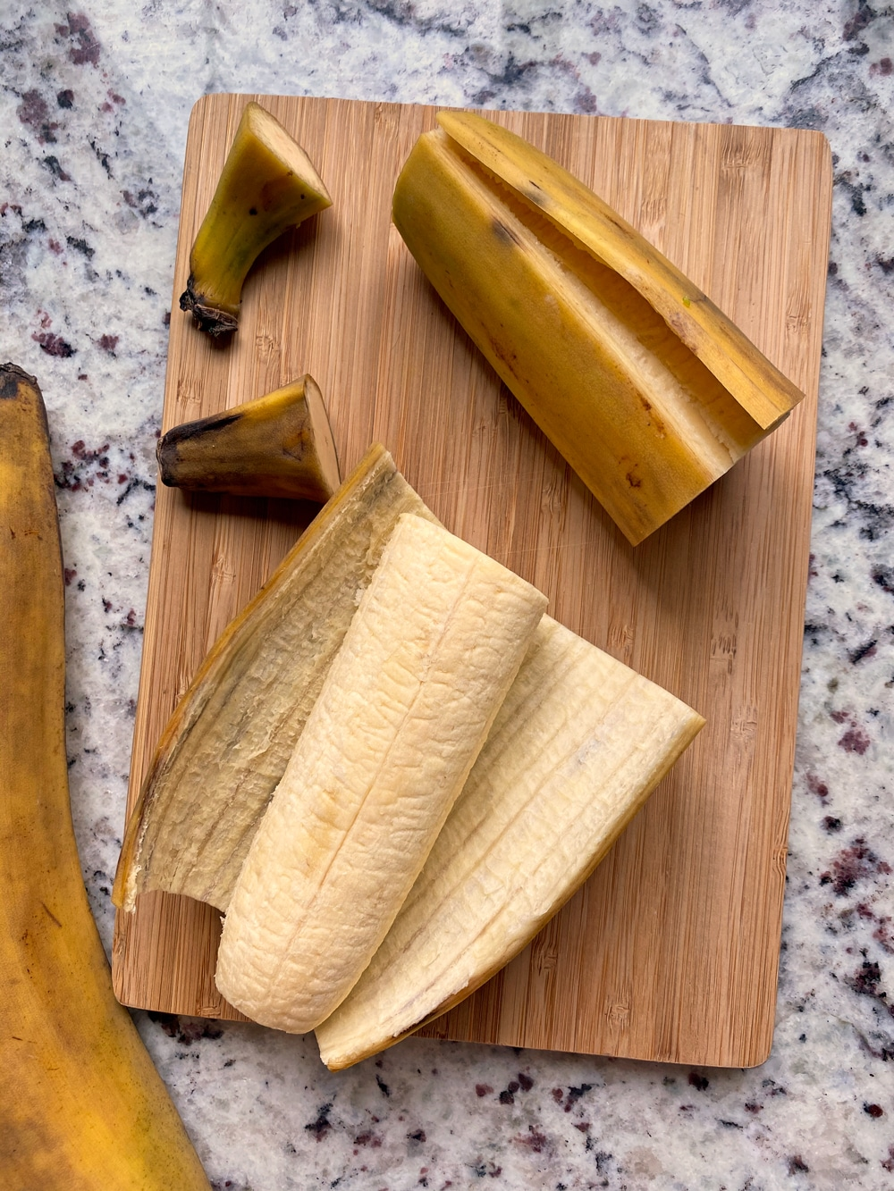 how-to-peel-and-cut-a-plantain