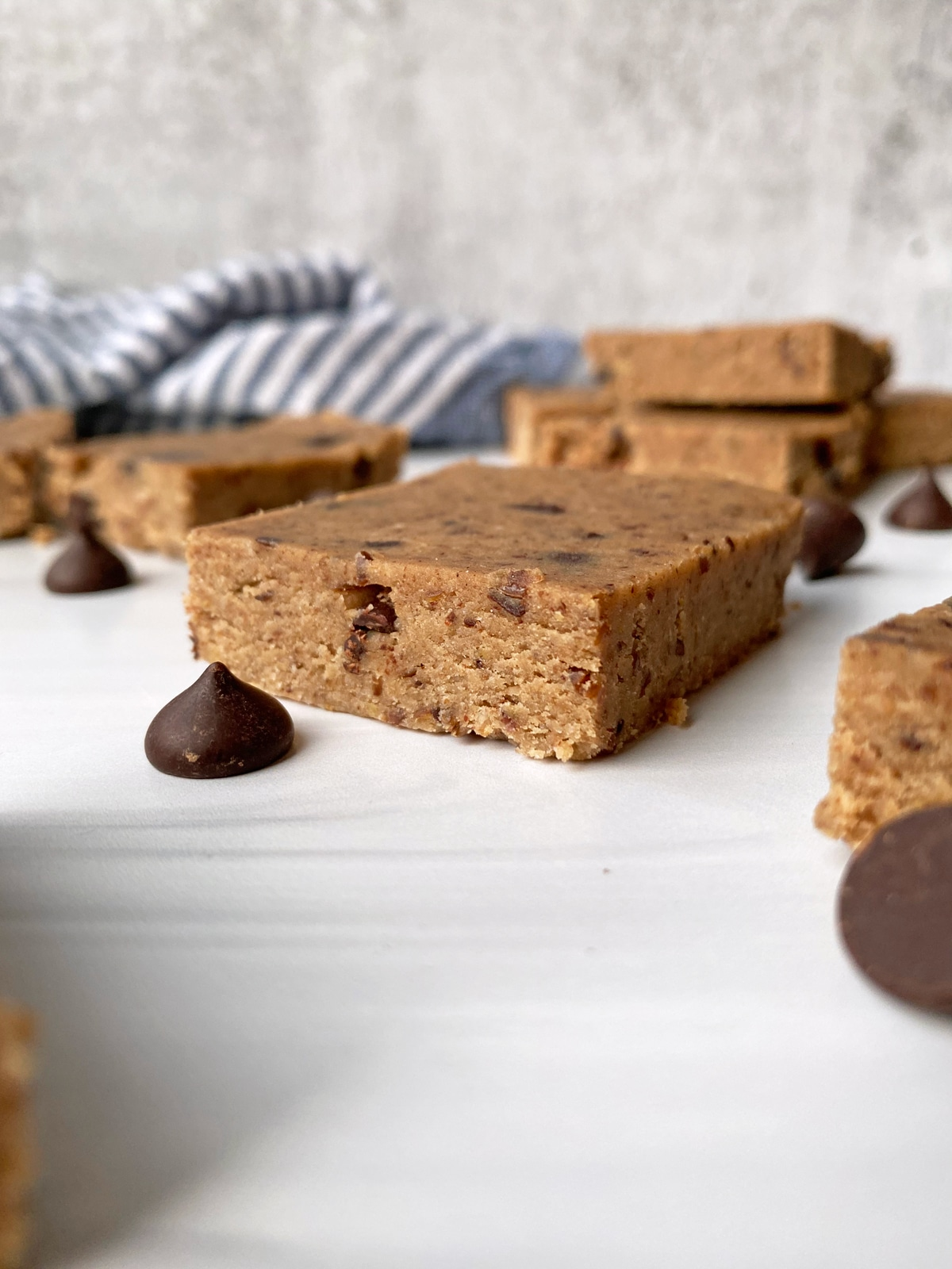 low-carb-cookie-dough-protein-bar-recipe