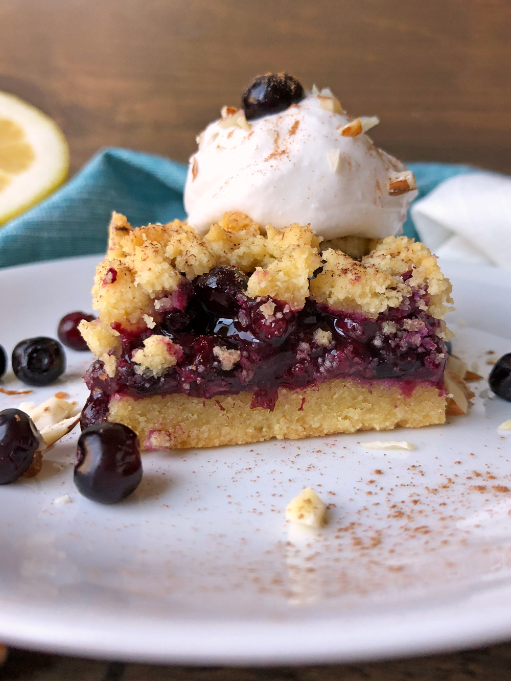 Gluten-Free-Huckleberry-Streusel-Bars