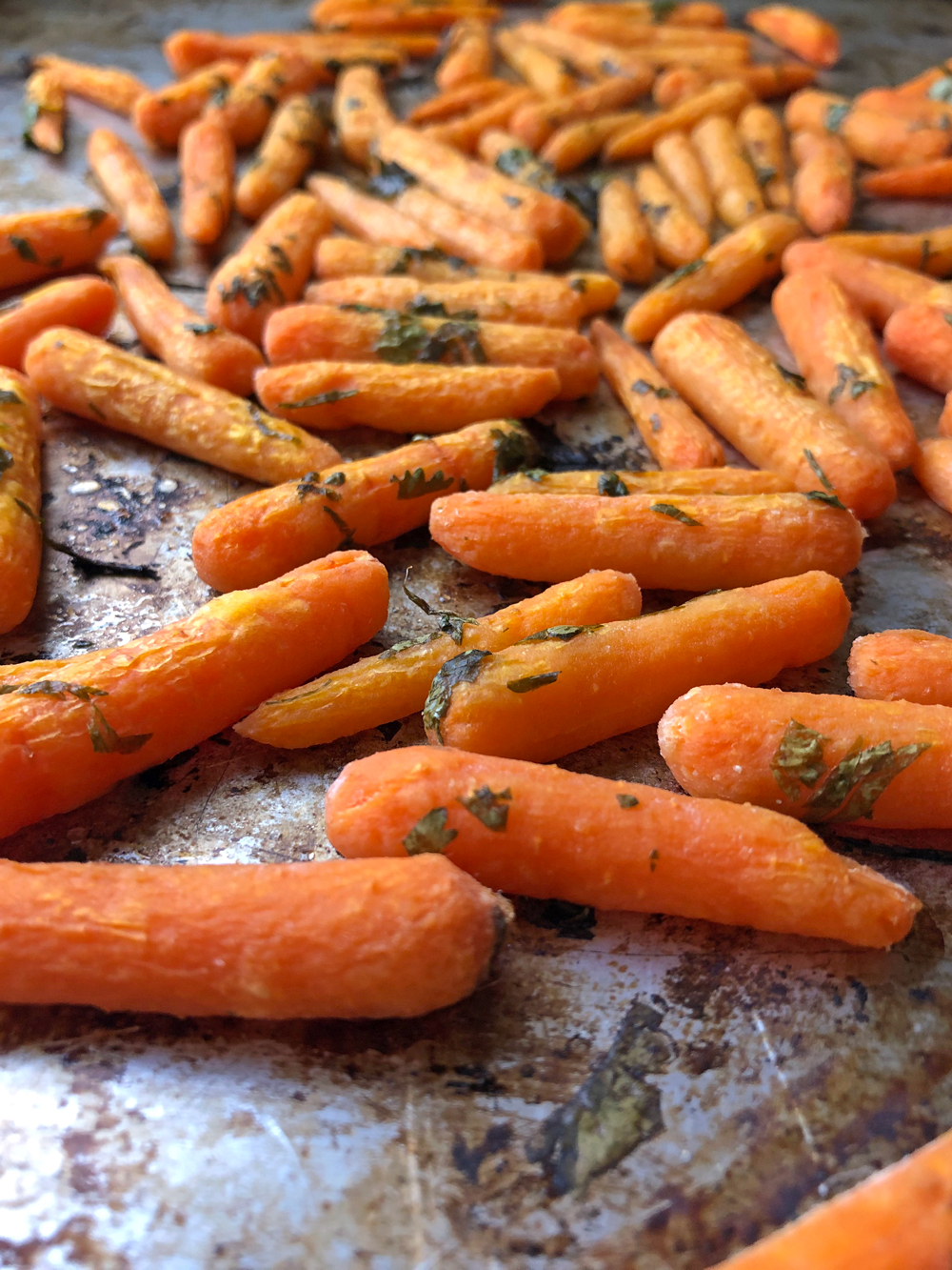 Paleo Roasted Baby Carrots