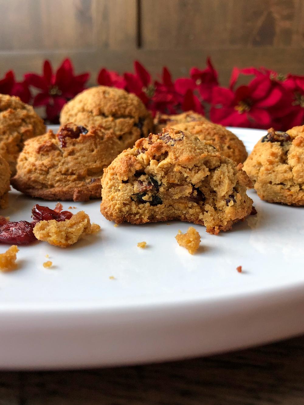 almond-flour-cranberry-cookies