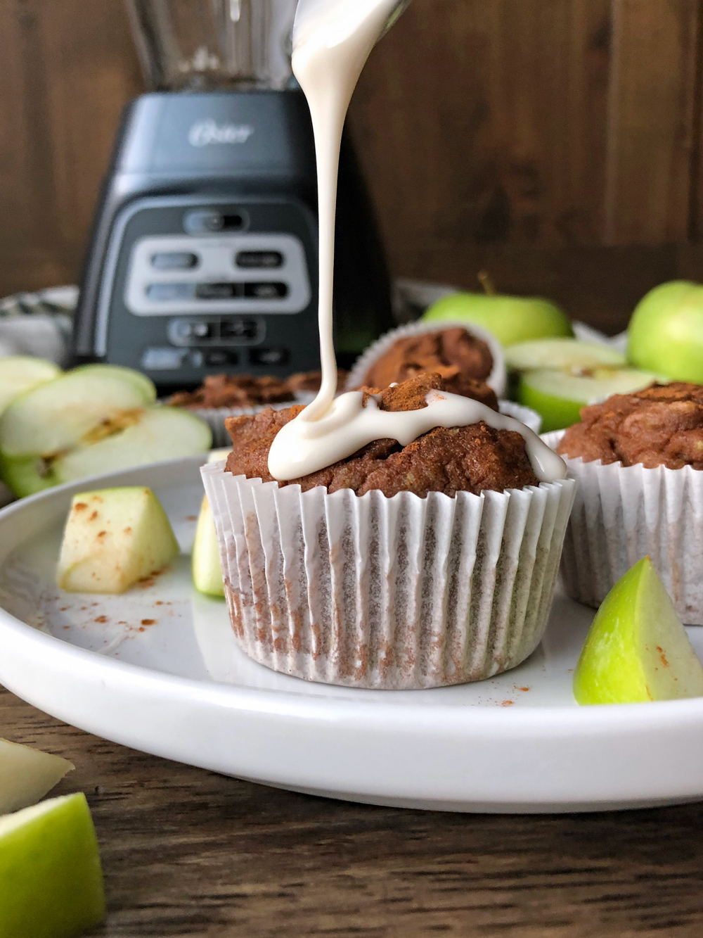 apple-cinnamon-muffins-made-in-the-blender