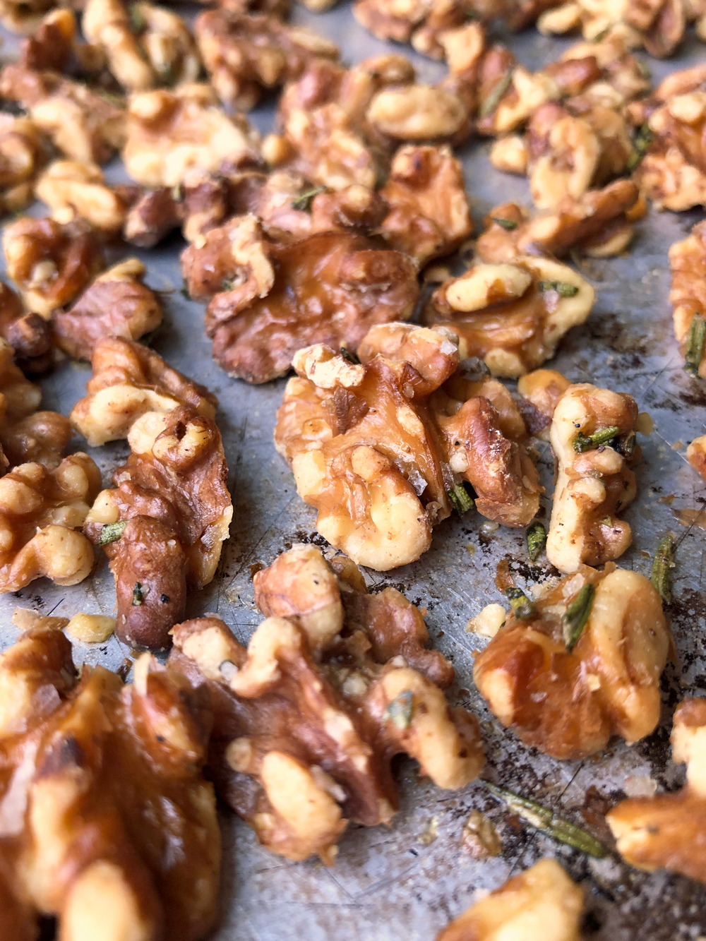 walnuts-roasted-in-the-oven