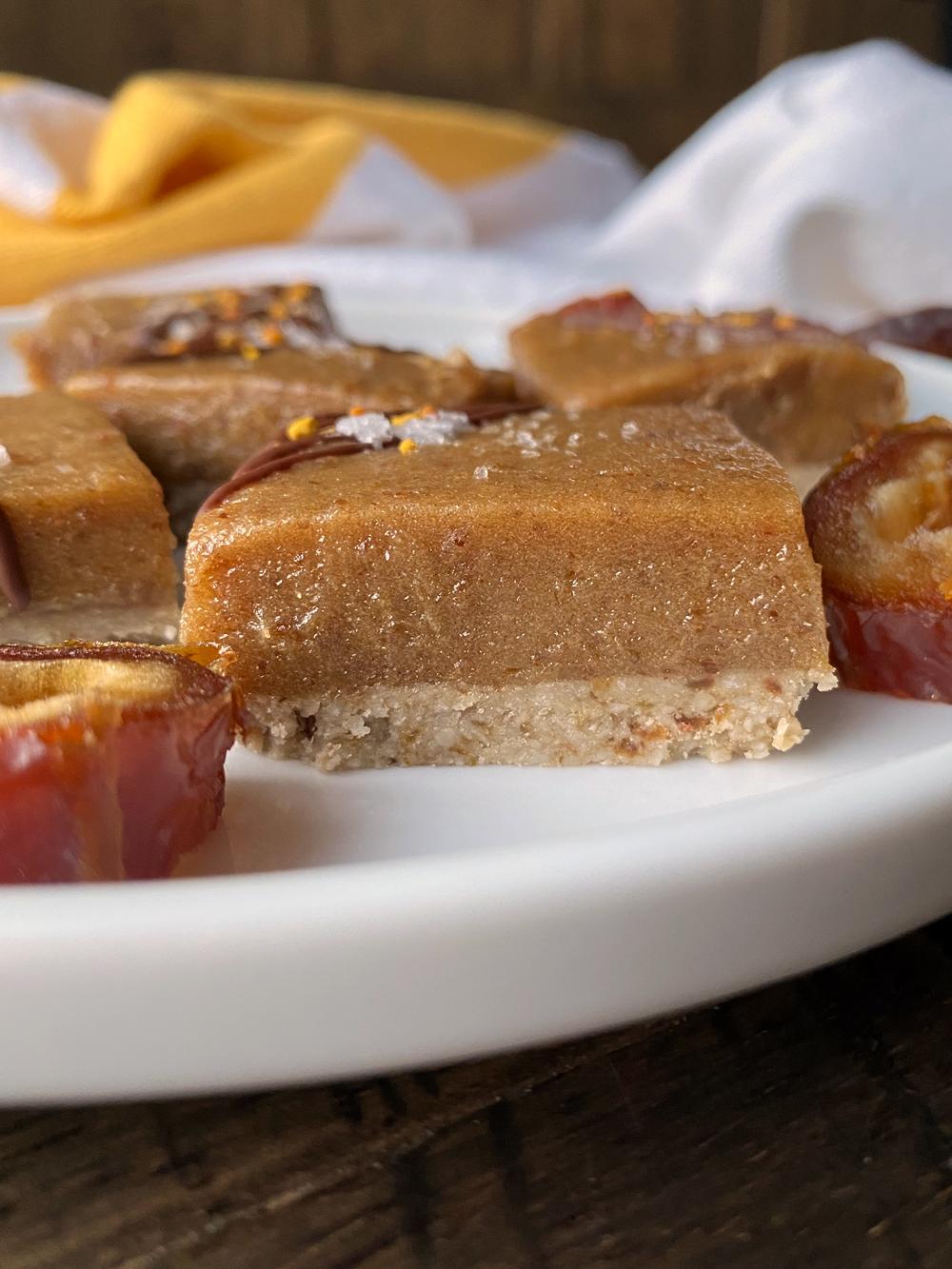 date-caramel-bars