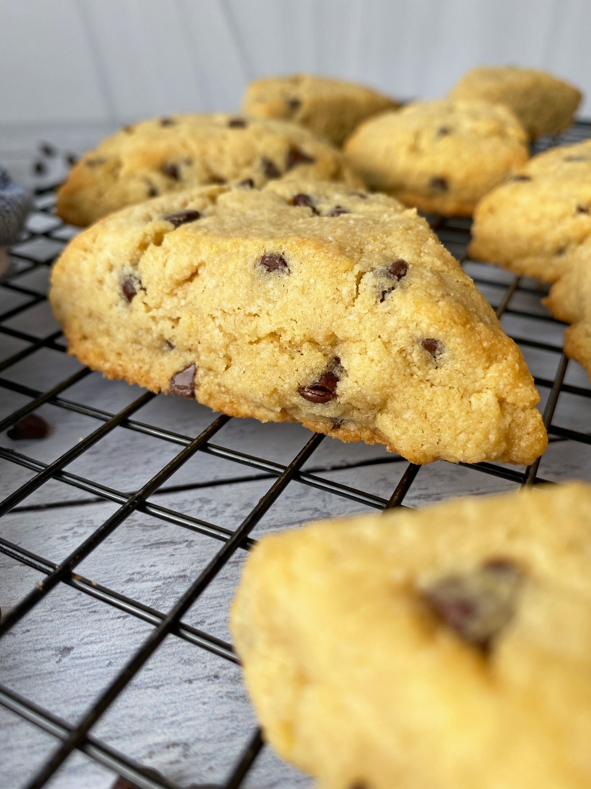 Gluten-Free-Chocolate-Chip-Scones