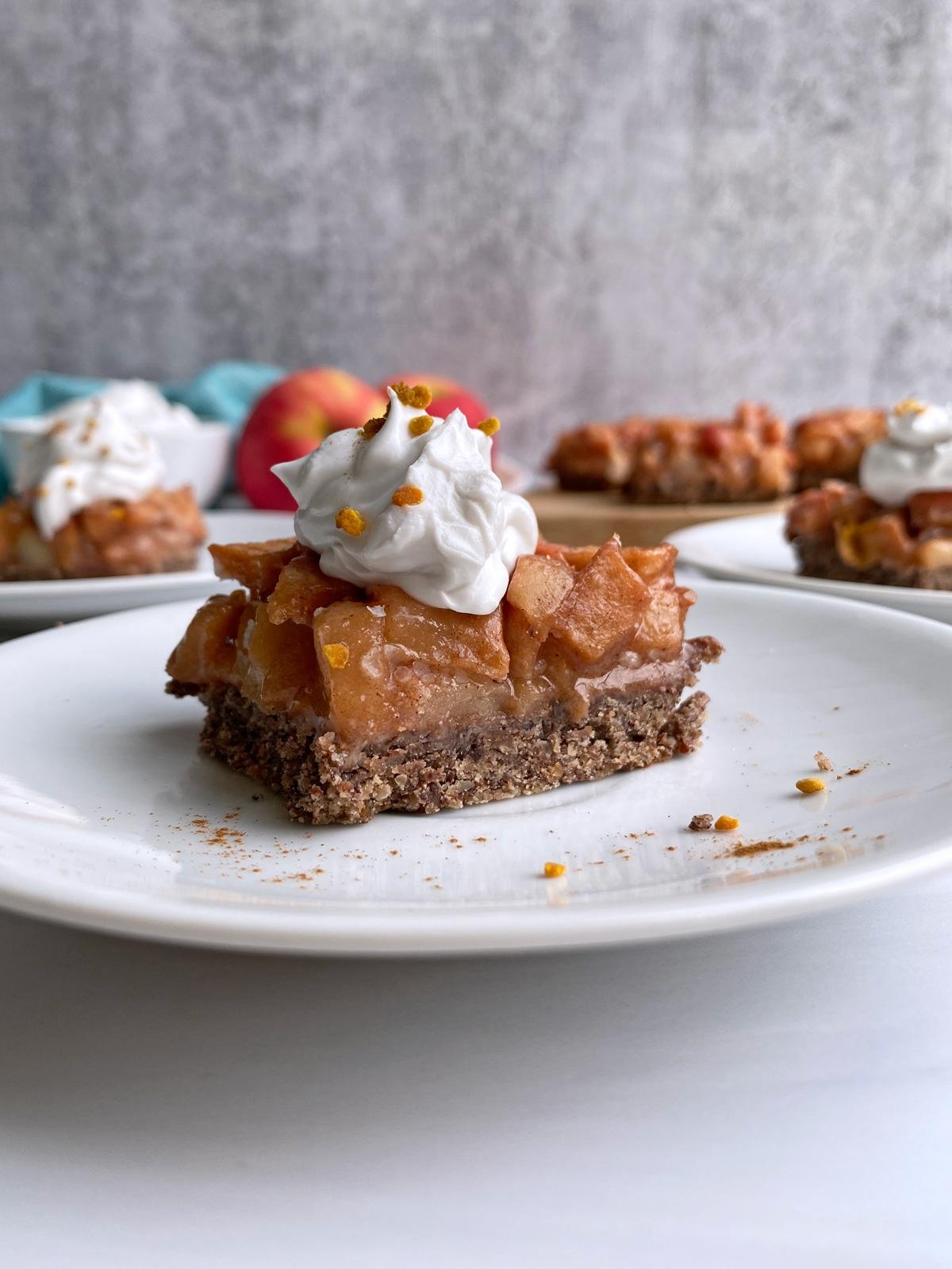 Vegan-Apple-Pie-Bars-Recipe