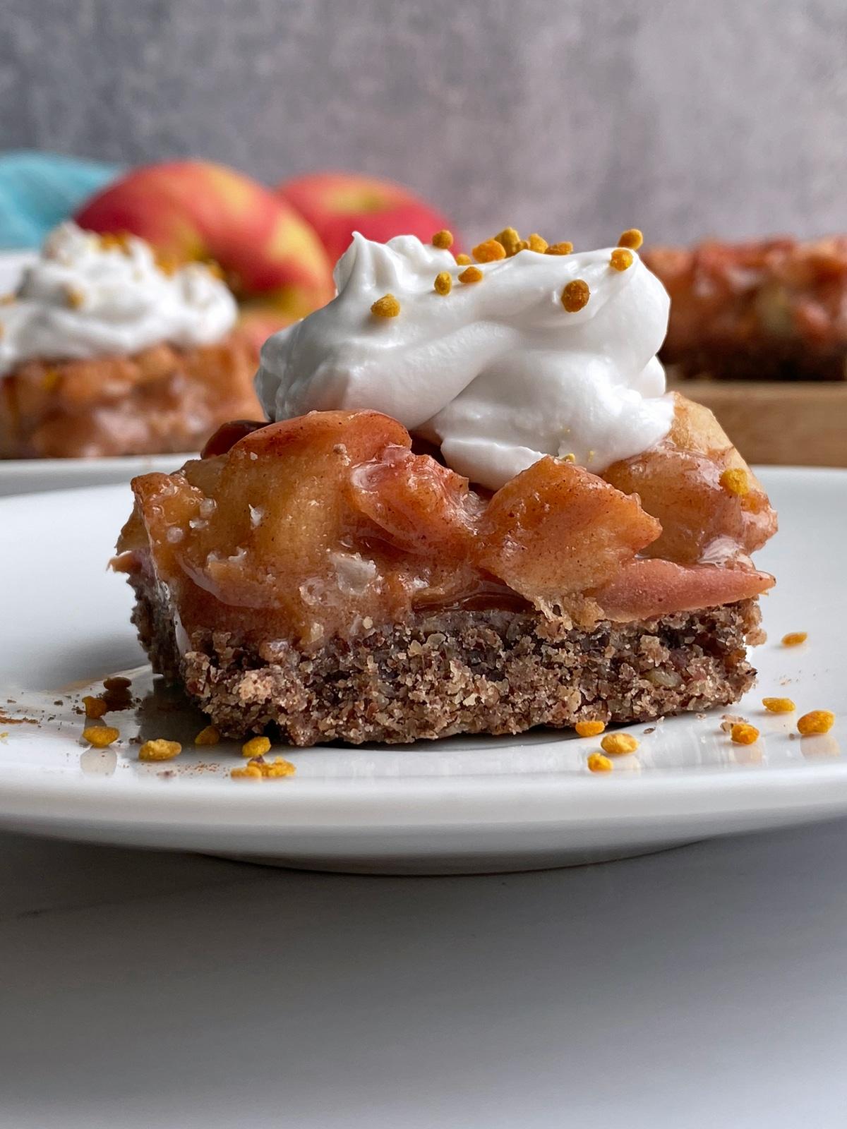 close-up-of-apple-pie-slice