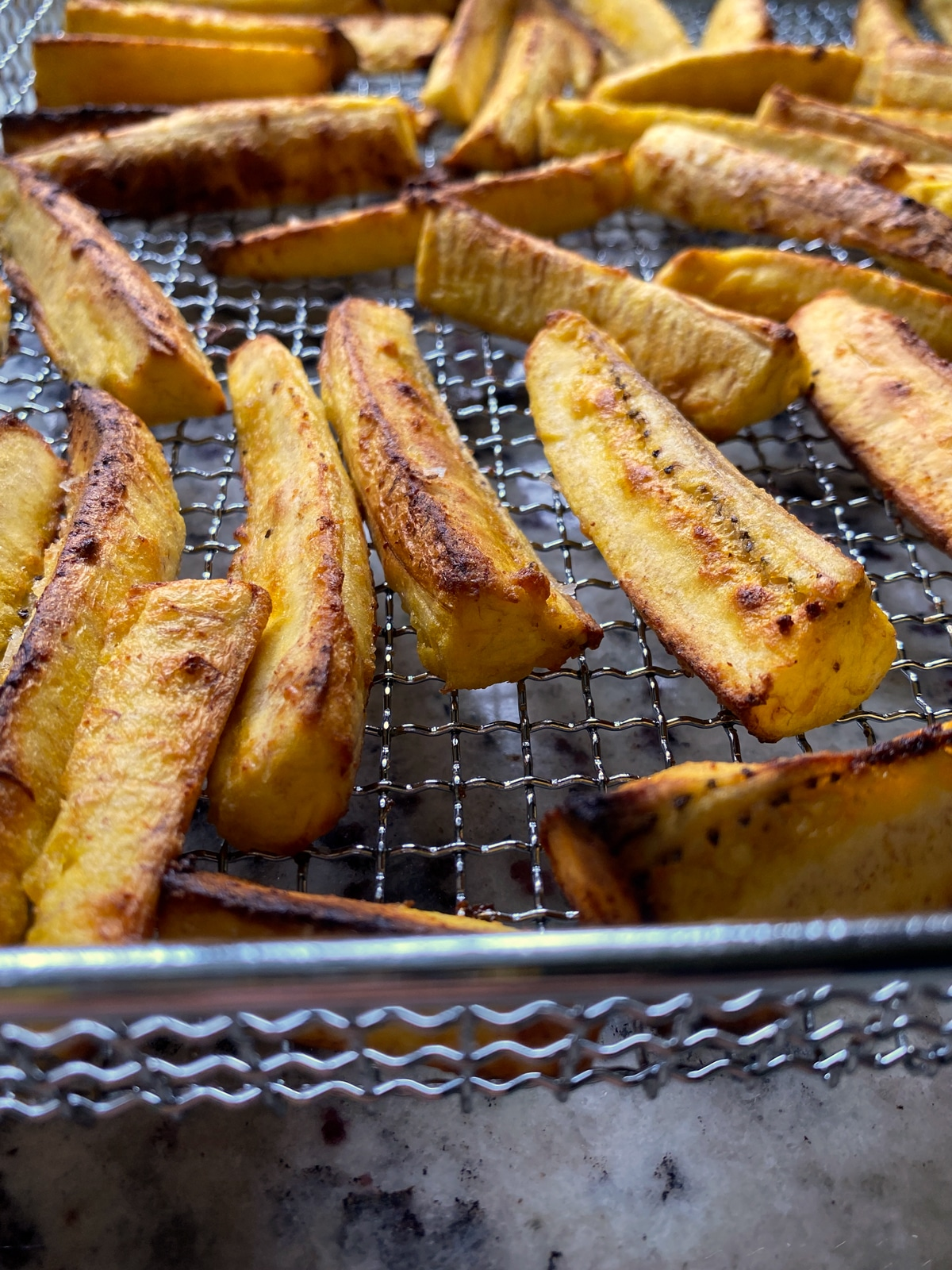 healthy-plantain-fries-in-the-air-fryer