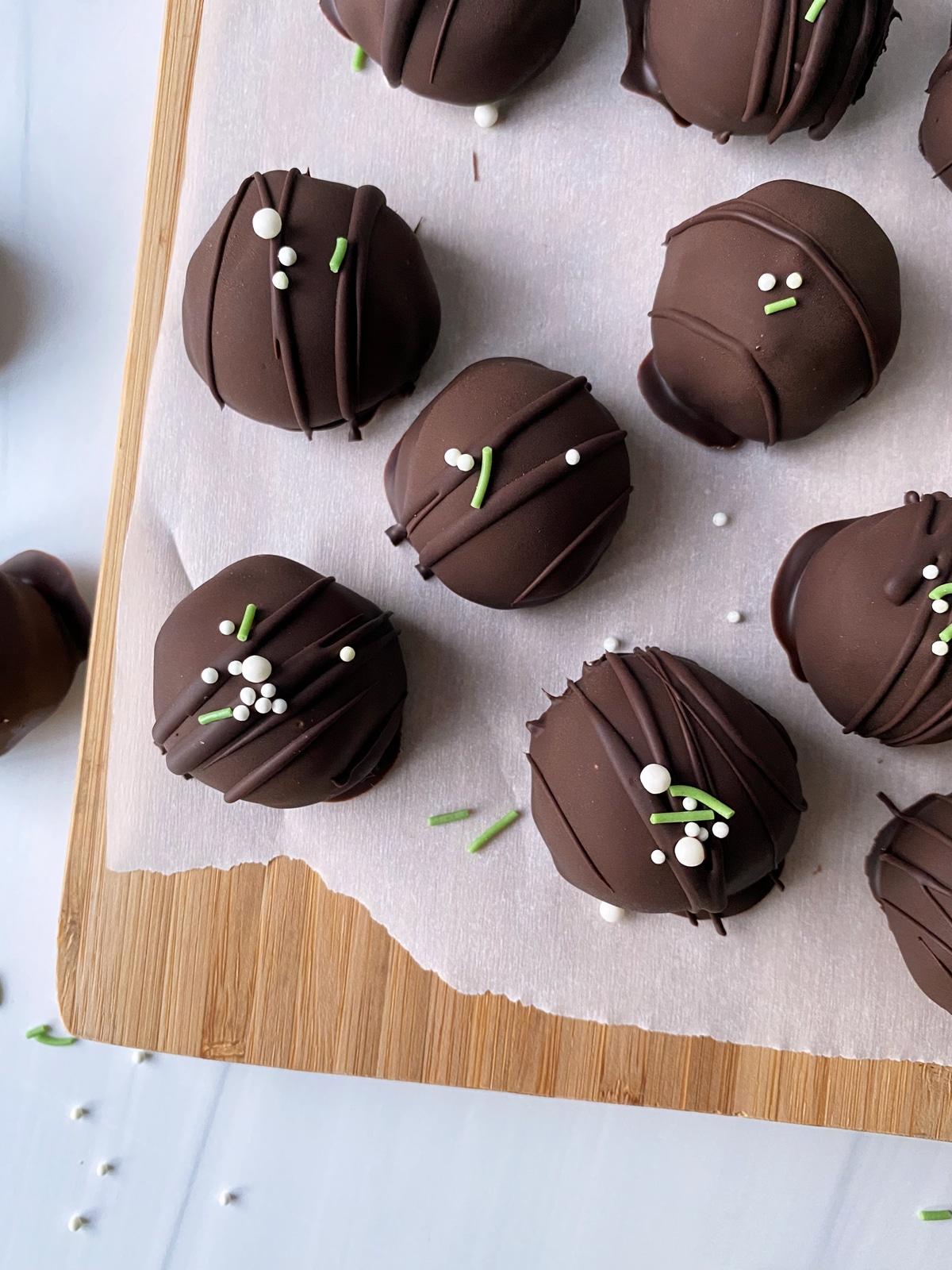 homemade-peppermint-truffles-top-view