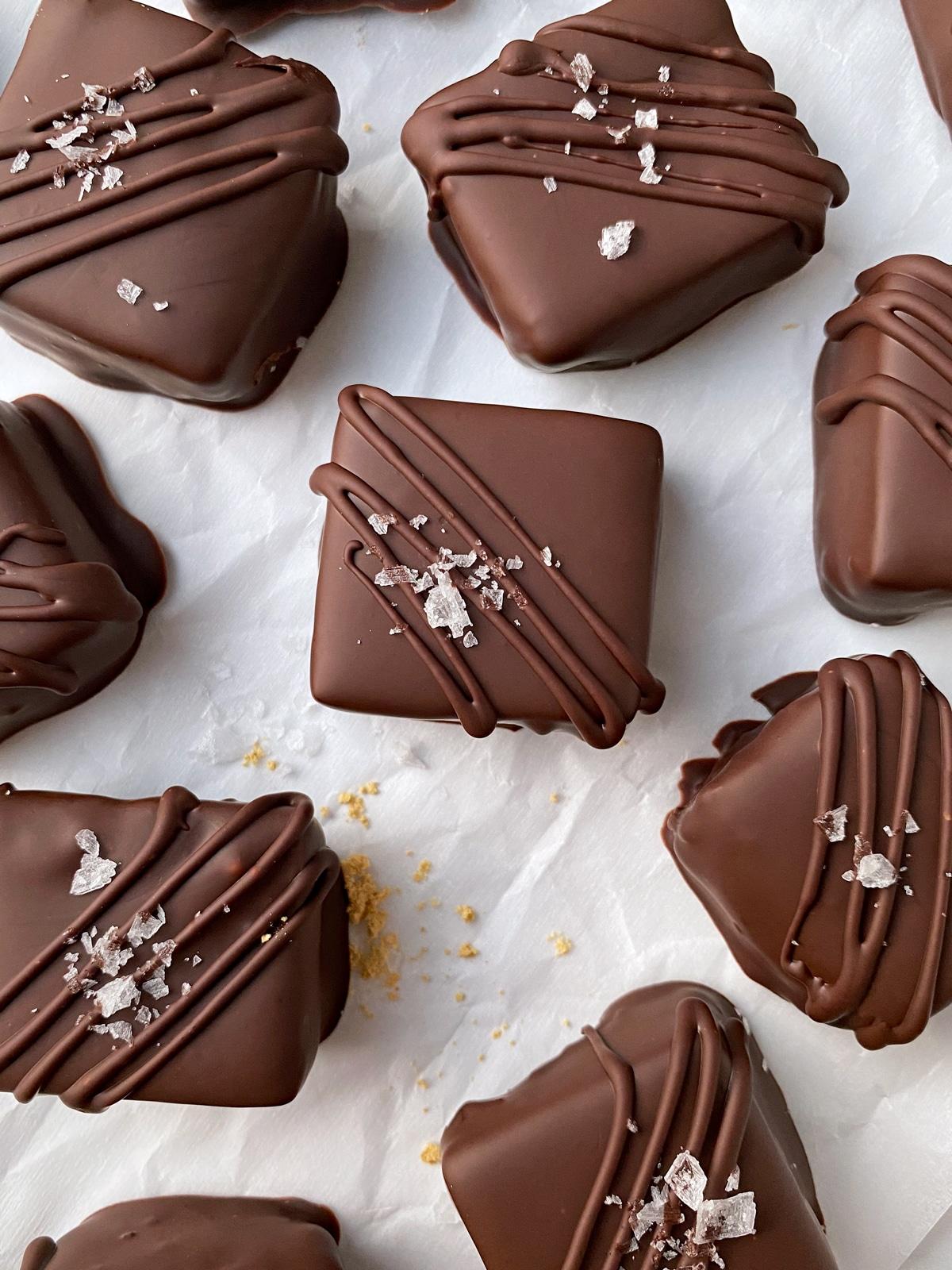 Paleo-Gingerbread-Truffles