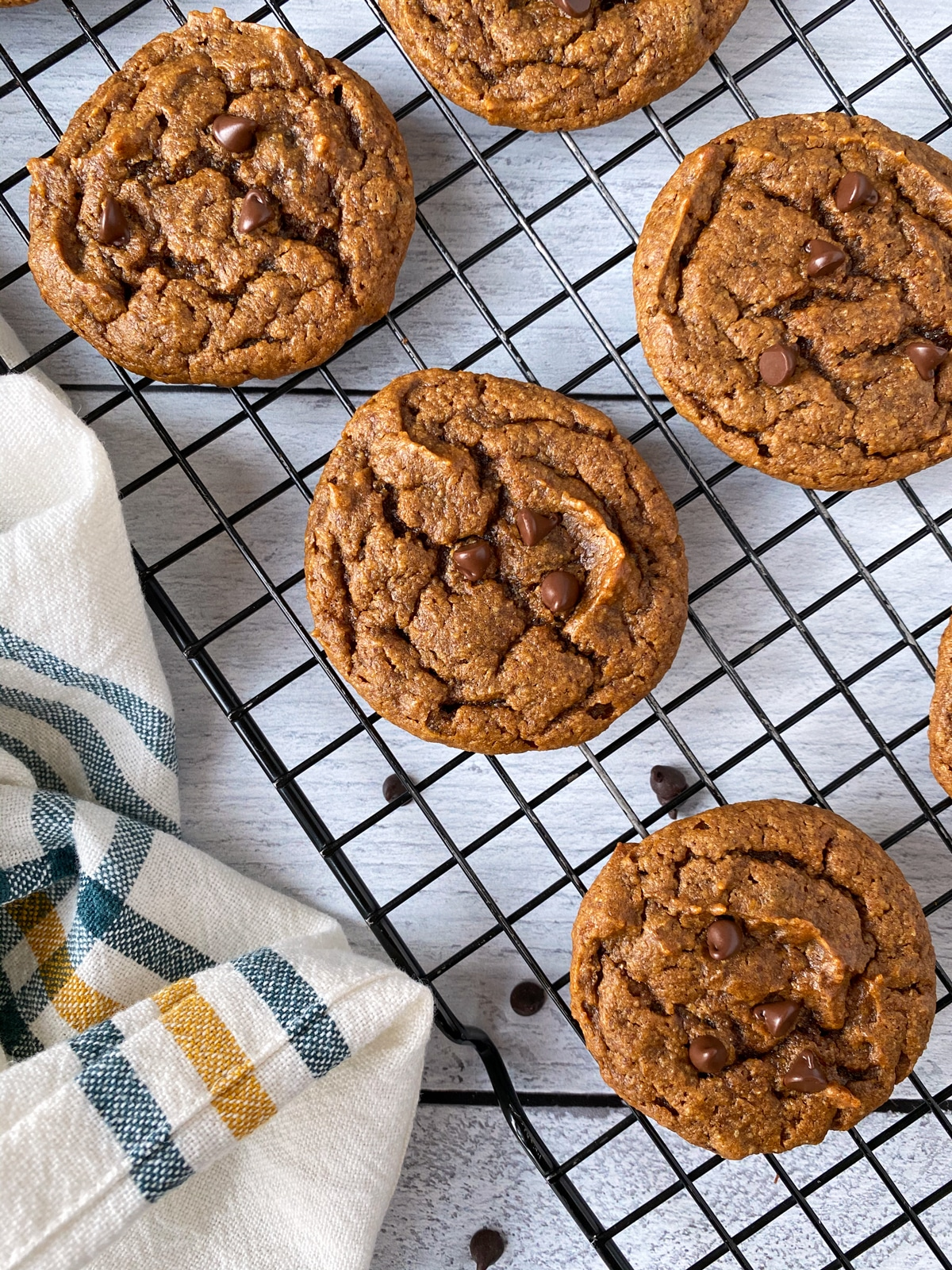 low-carb-pumpkin-cookies-with-almond-flour
