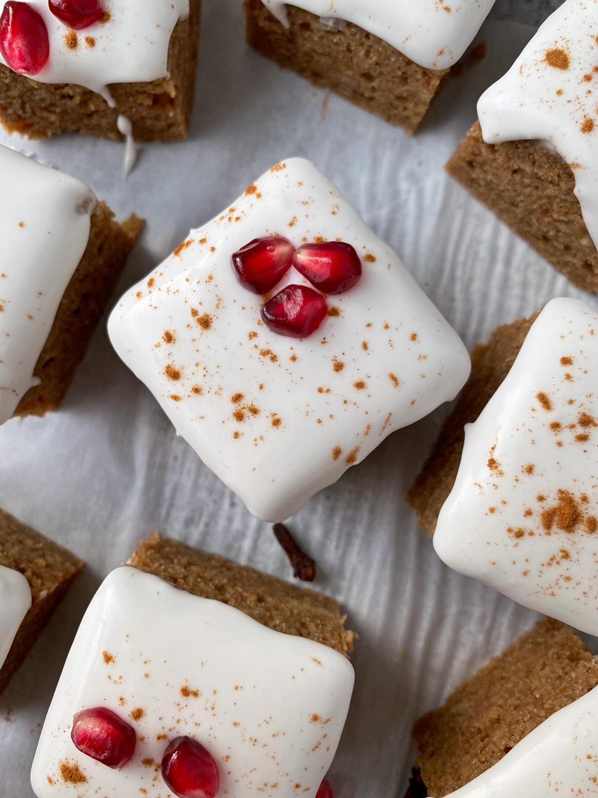 gluten-free-vegan-gingerbread-cake