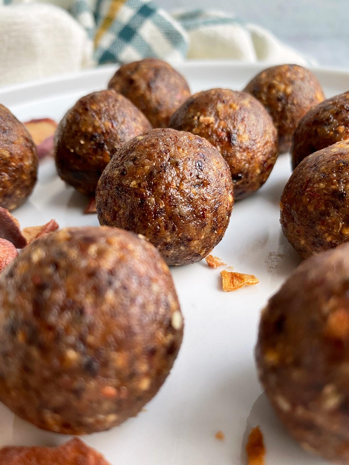 cranberry-walnut-energy-balls