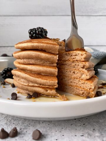 cutting-into-a-stack-of-grain-free-pancakes