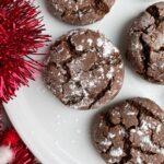paleo-vegan-chocolate-crinkle-cookies