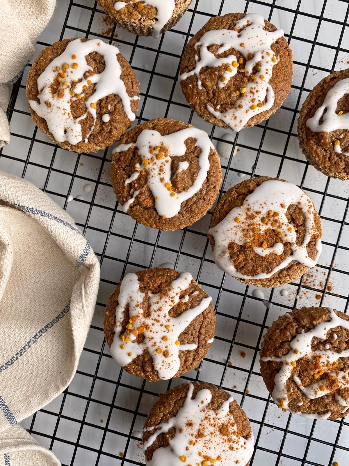 cinnamon-apple-plantain-muffins
