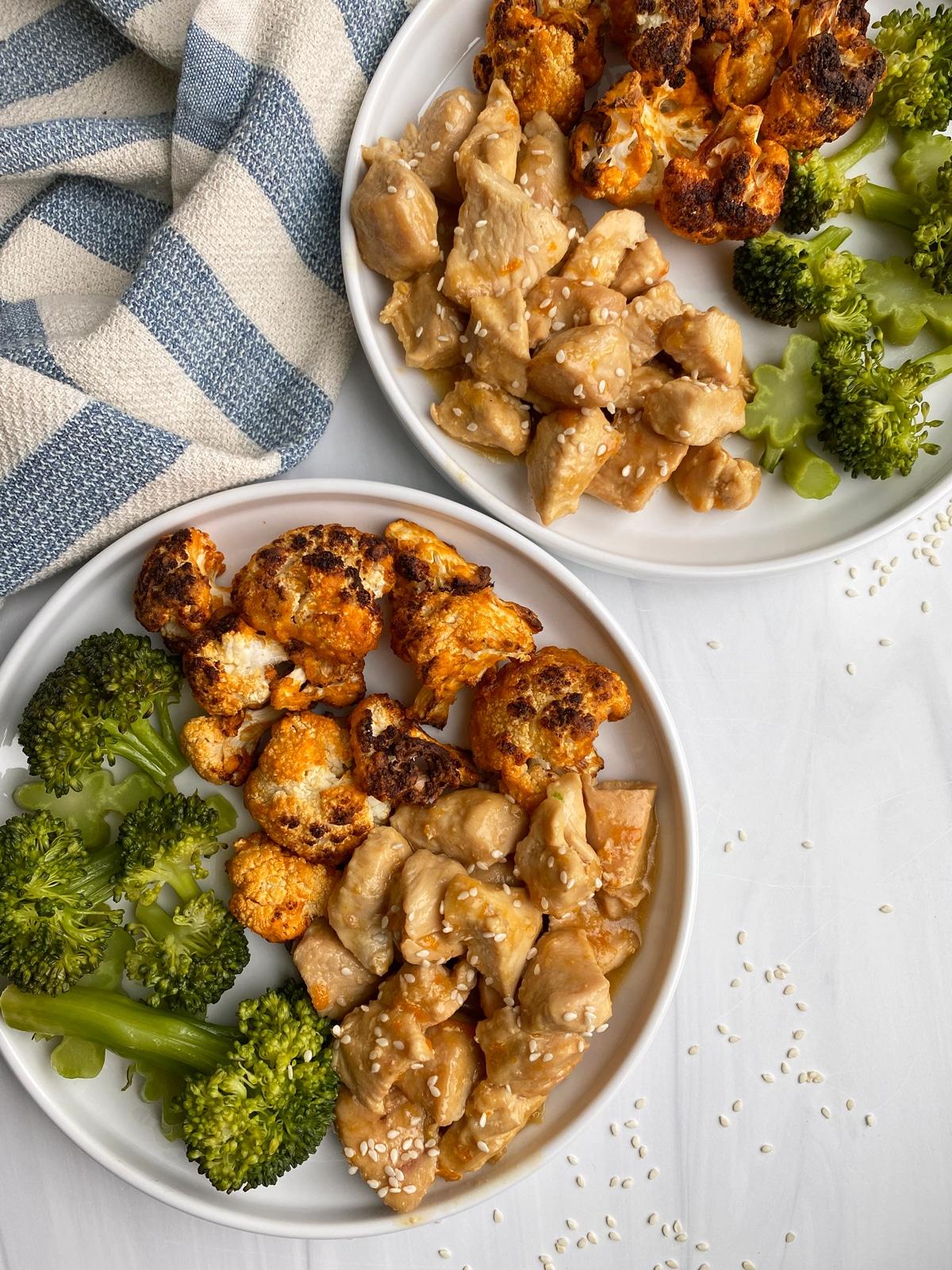 buffalo-cauliflower-with-orange-chicken-and-broccoli