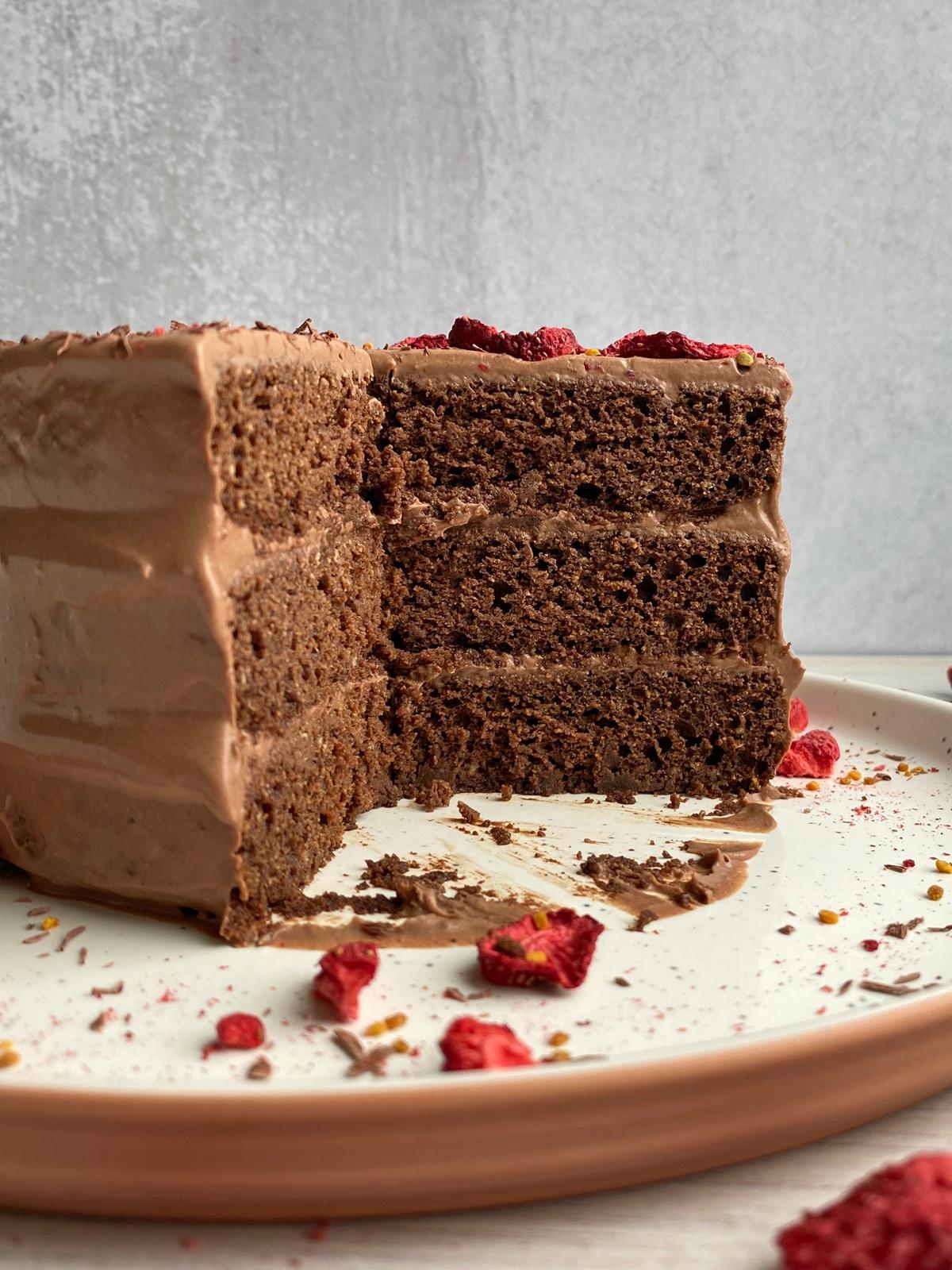 paleo-tigernut-cake-inside-shot