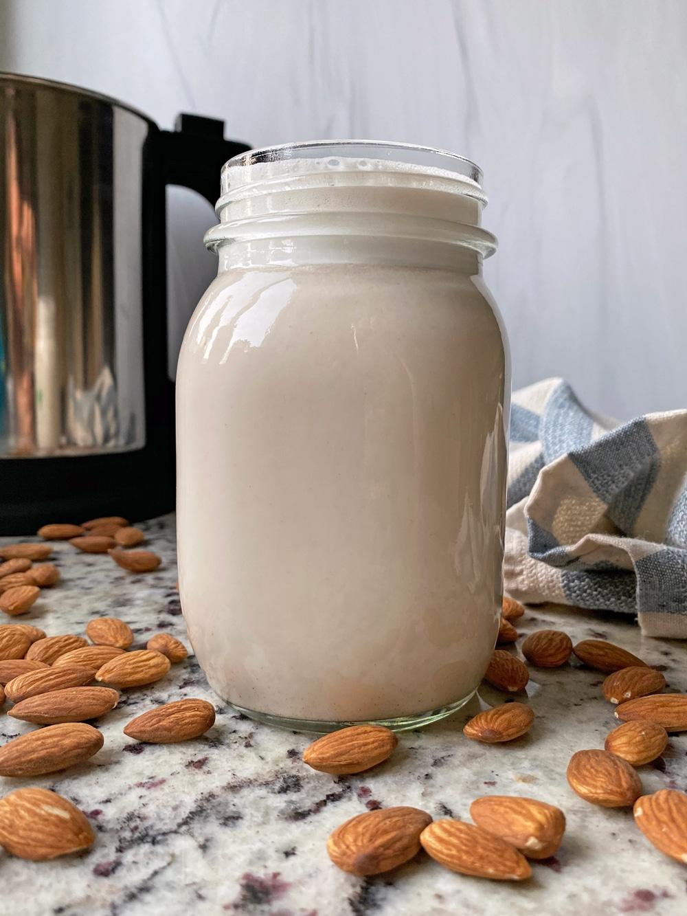 almond-cow-glass-jug