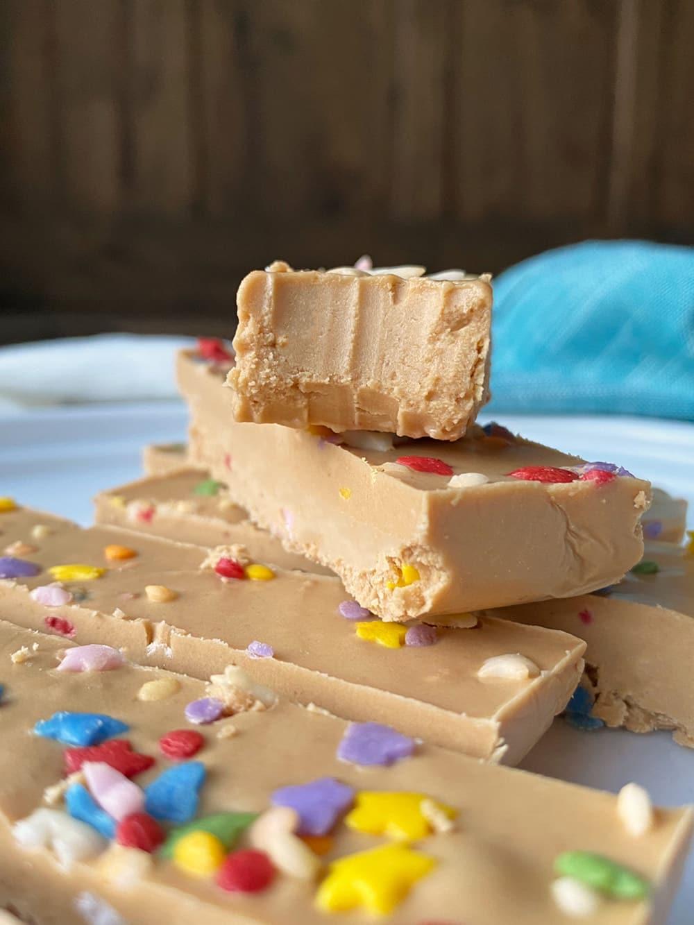 homemade-birthday-cake-protein-bars