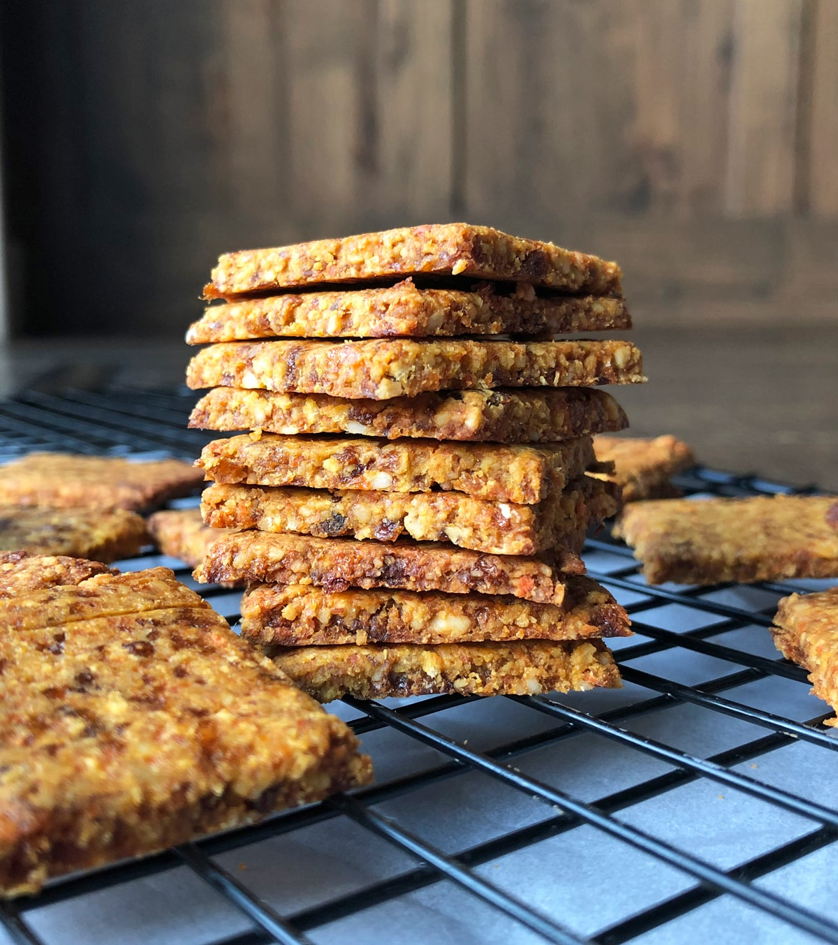 Carrot-&-Apricot-Crackers