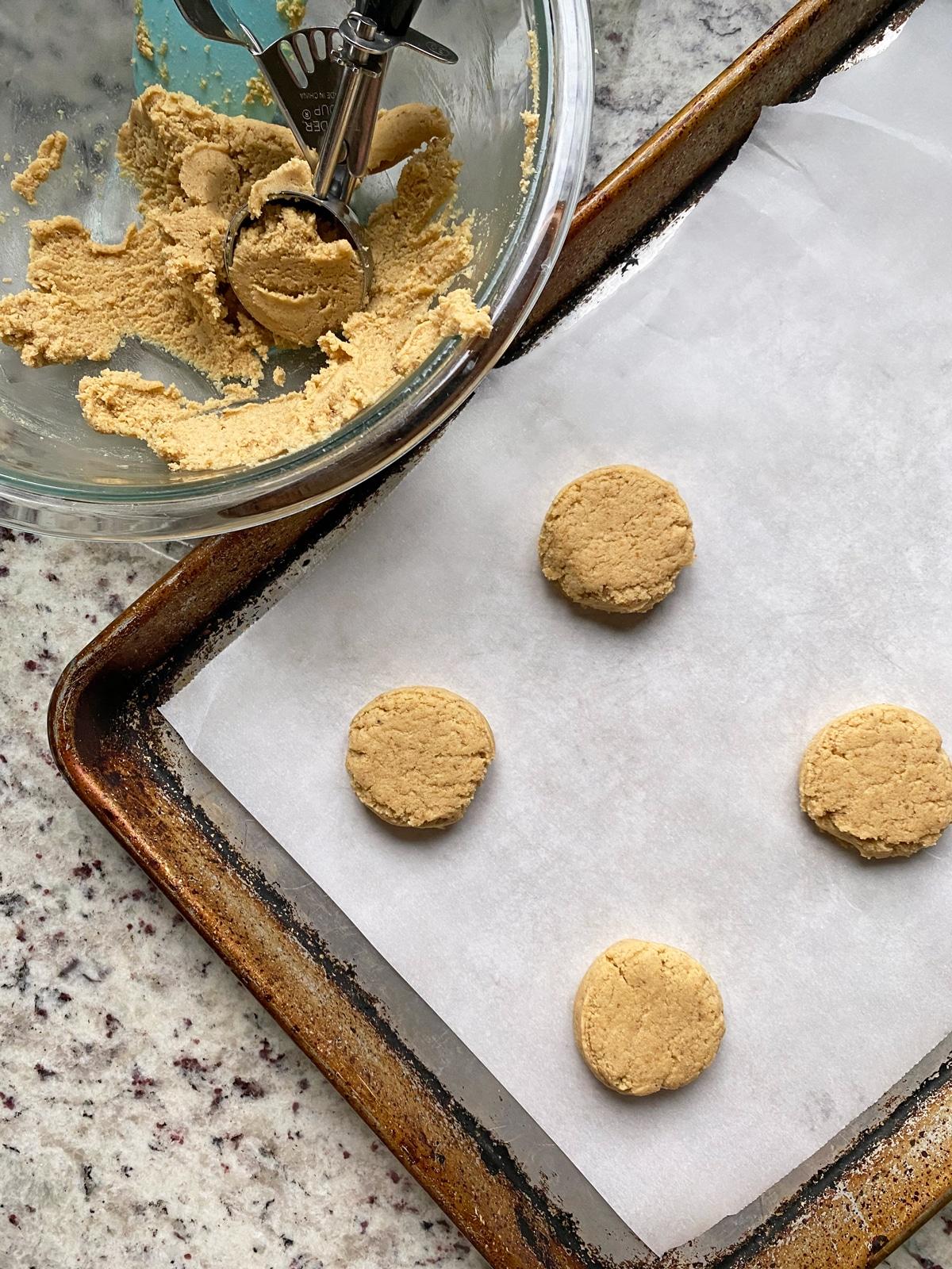 making-paleo-sugar-cookies