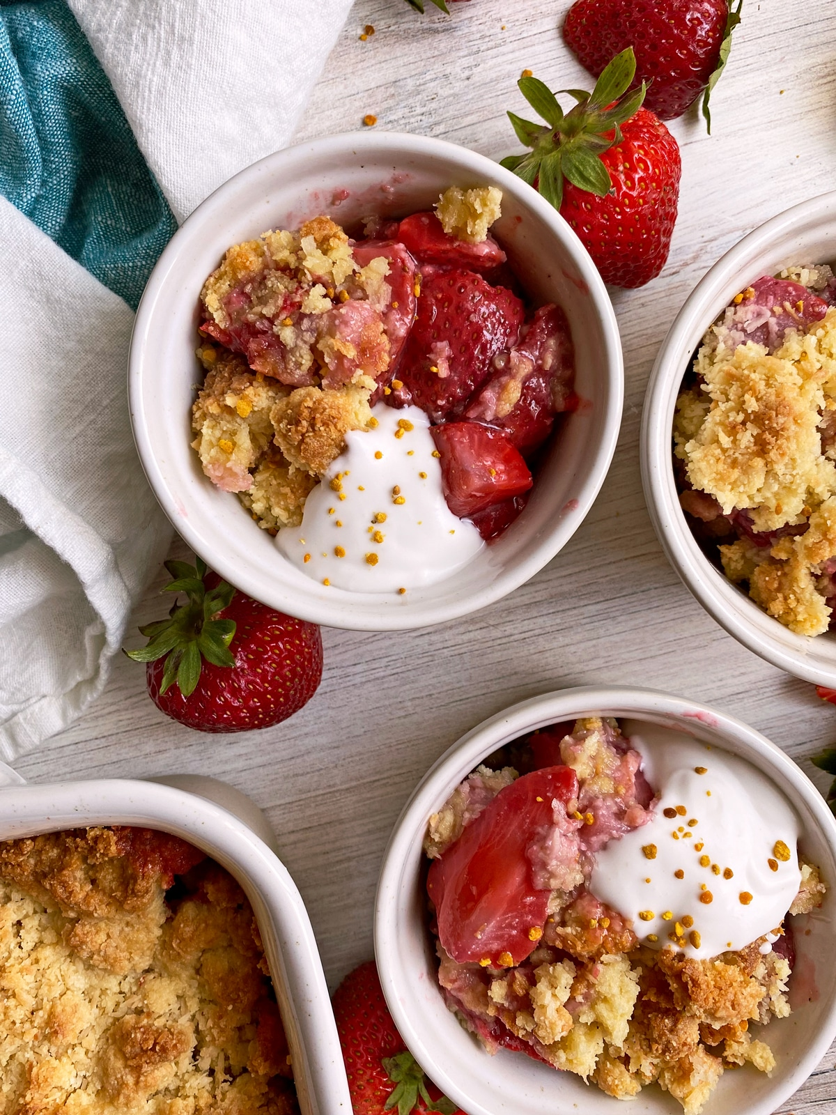 strawberry-crumble