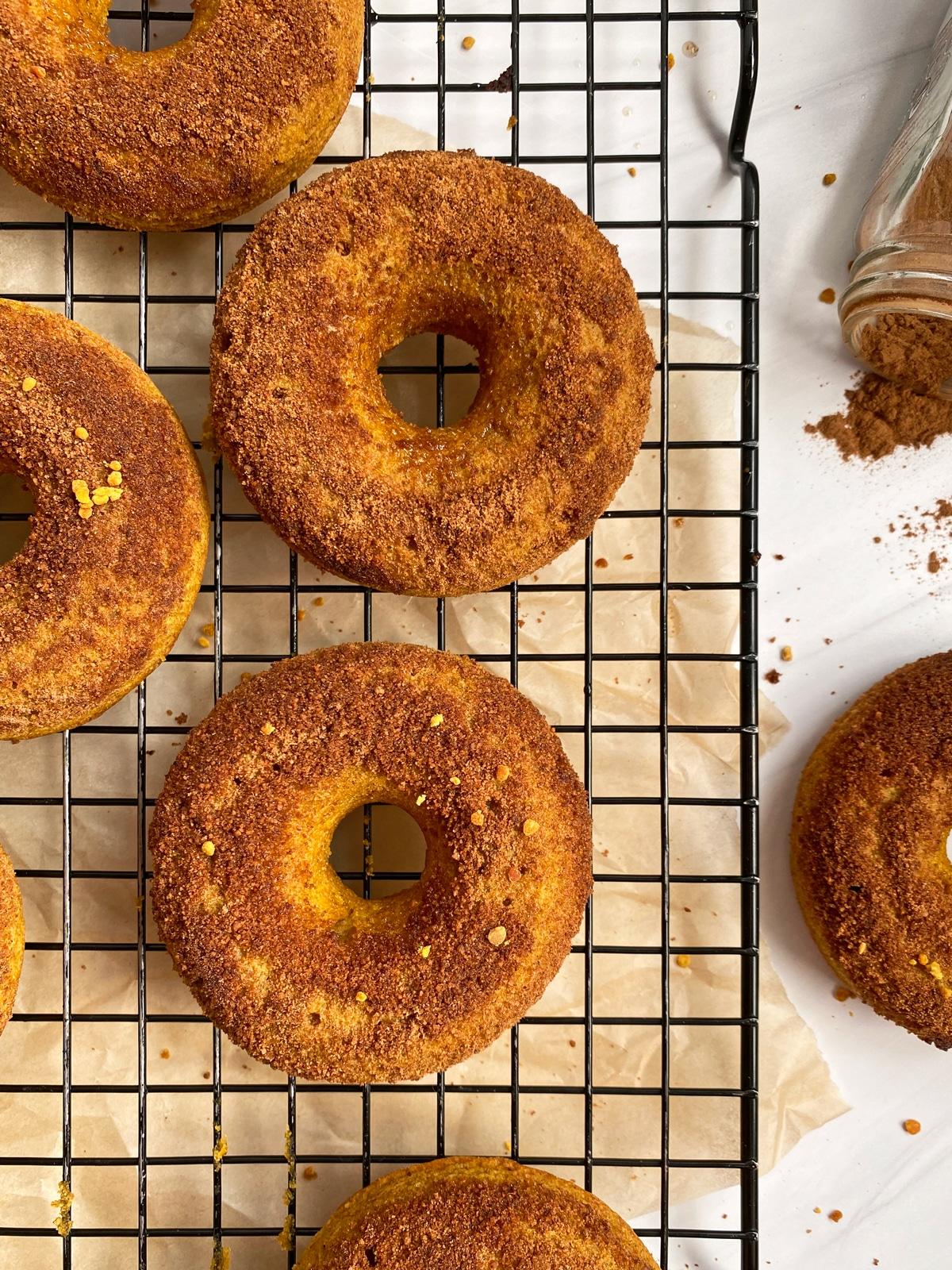 tigernut-flour-donuts-top-view